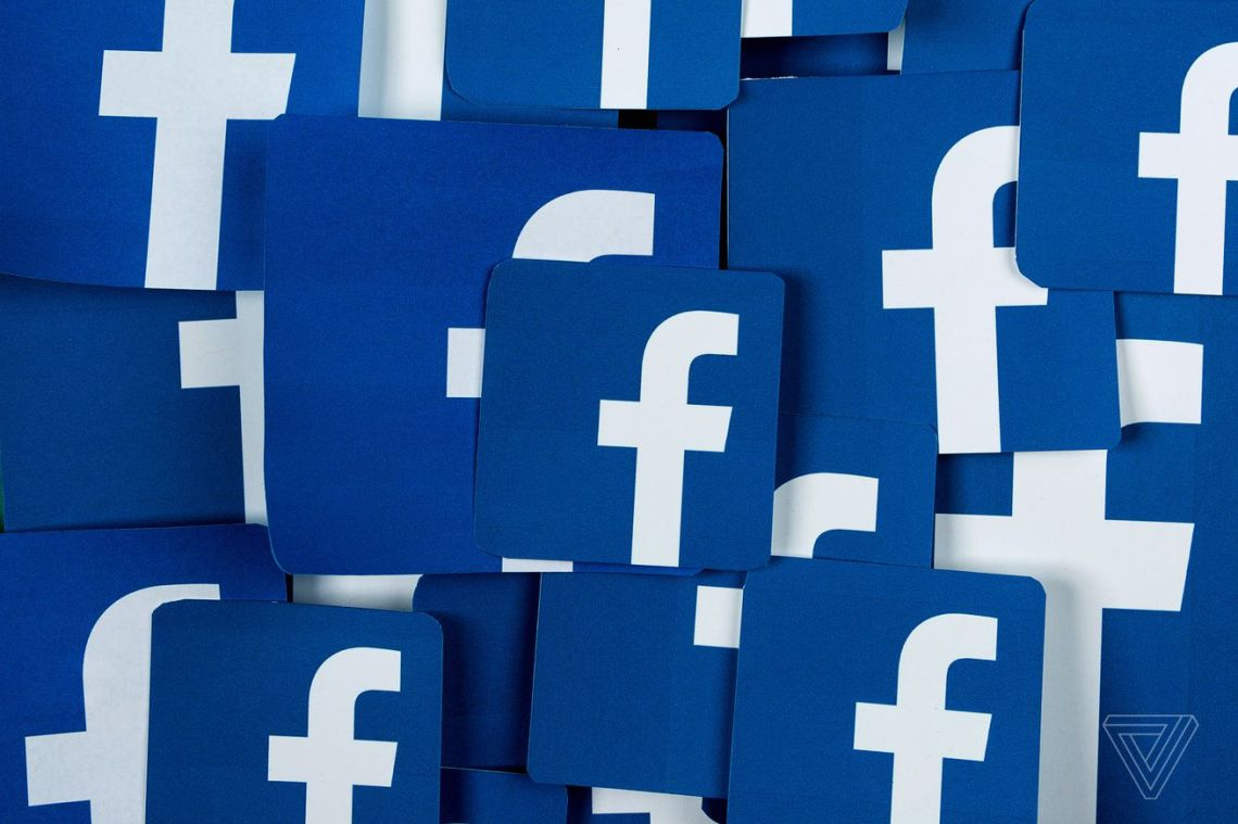 Facebook pins state vaccine information to the top of the News Feed for US users