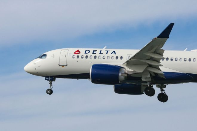 1189038200.jpg.0 Delta is going carbon neutral | The Verge