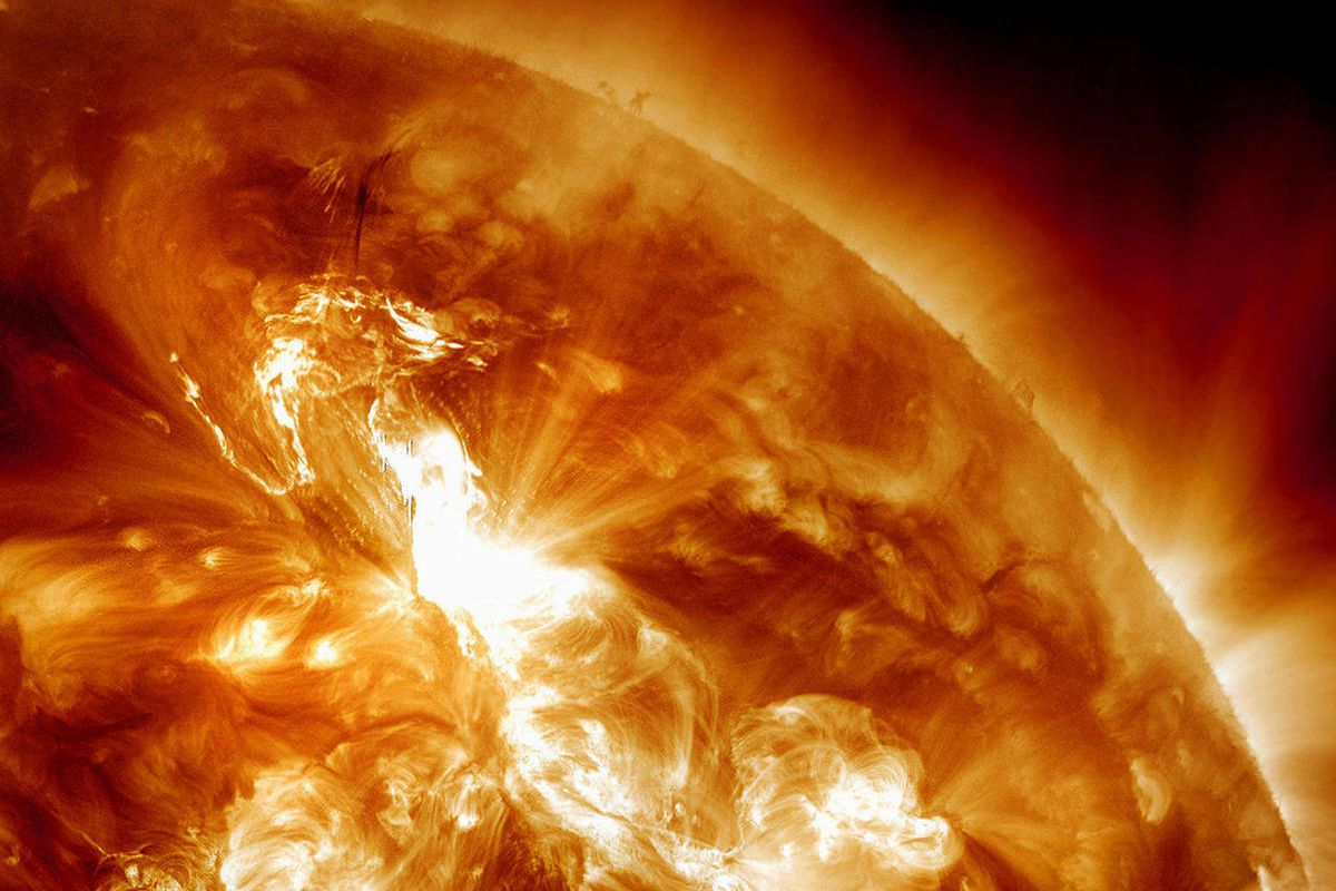 Solar Flames To Attack On USA - Telugu Tech News