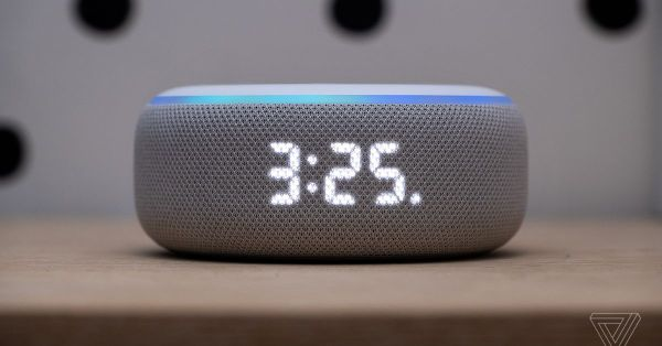 Amazon Echo Dot with clock review: time is on its side