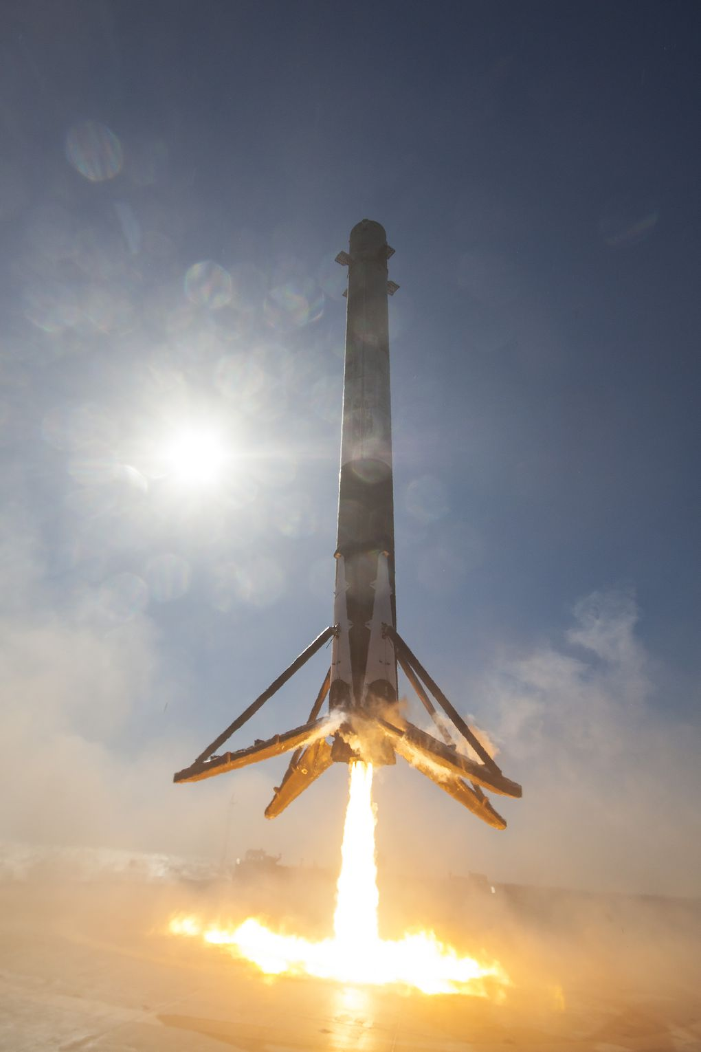 New SpaceX Landing Photos Make You Feel Like The Rocket Is Coming Down On Top Of You The Verge