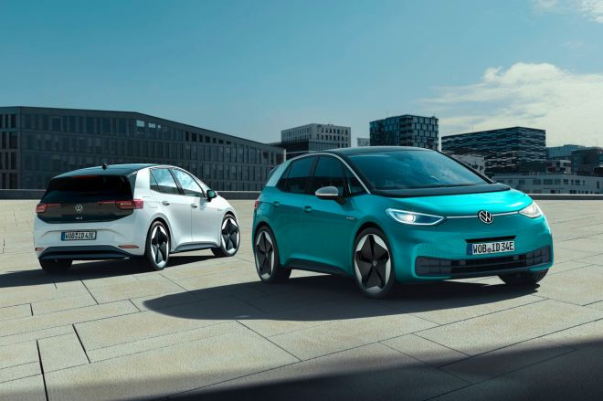 Volkswagen_ID.3__Large_10145.0 VW's first mass-market EV suffers delay thanks to software struggles | The Verge