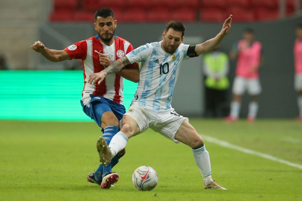 Lionel Messi, Argentina through to Copa América quarterfinals with win over  Paraguay - Barca Blaugranes