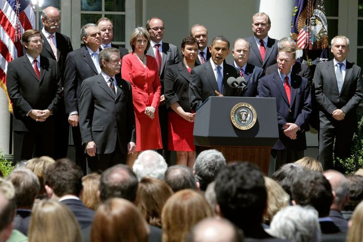 Obama Announces New Federal Fuel Efficiency Standards