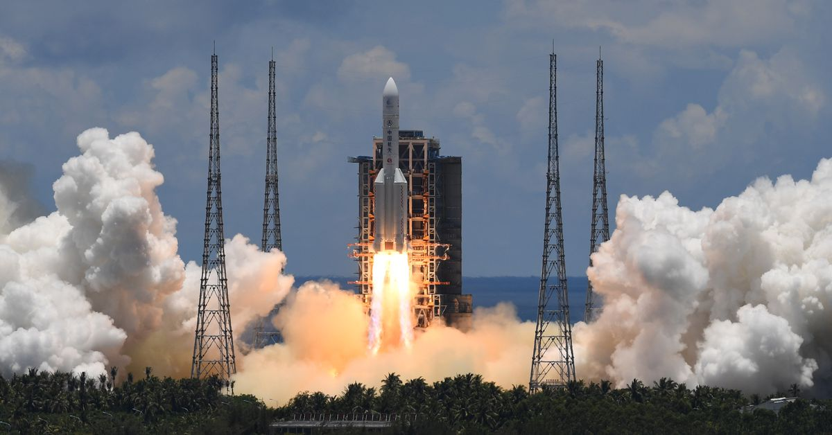 China successfully launches interplanetary mission to Mars with rover in tow