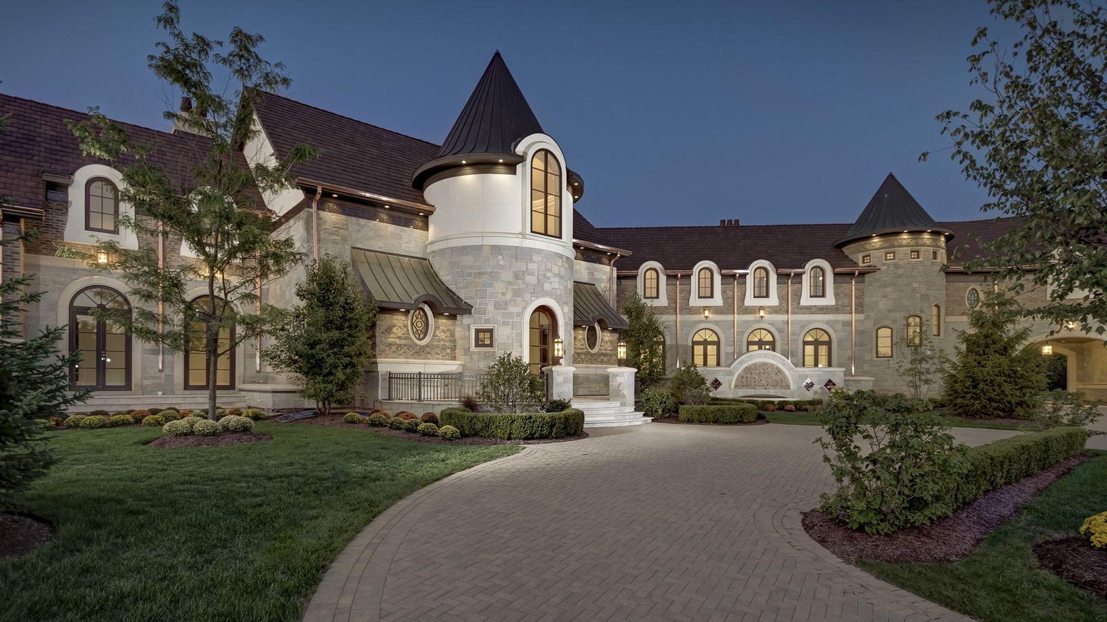Barrington Area Mega Mansion Fetches 4 9m Curbed Chicago