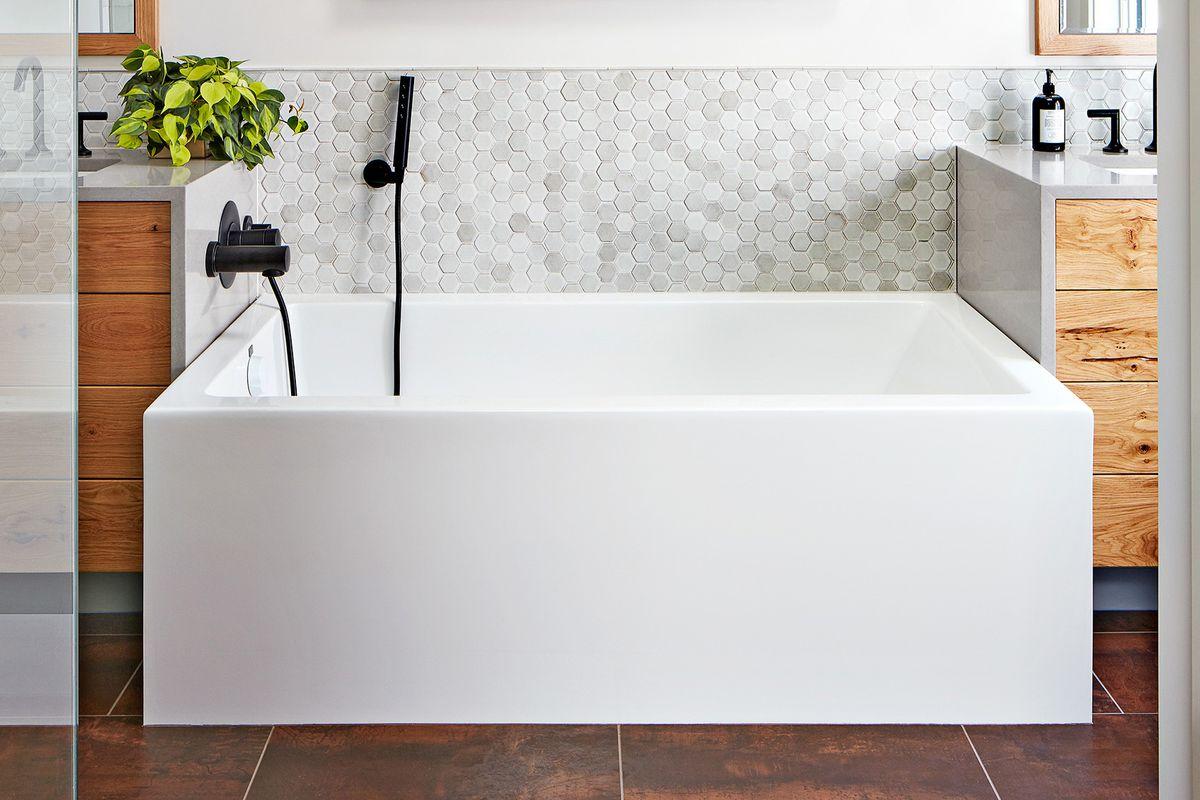 small bathroom layout ideas that work