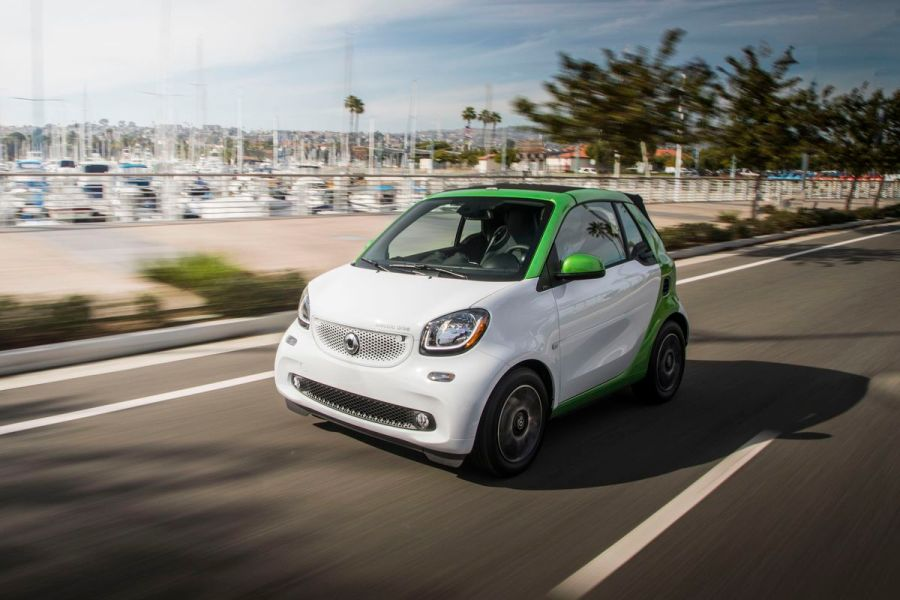 The Smart car goes electric before it plans its autonomous future     Smart Fortwo Electric Drive Cabrio Mercedes Benz USA