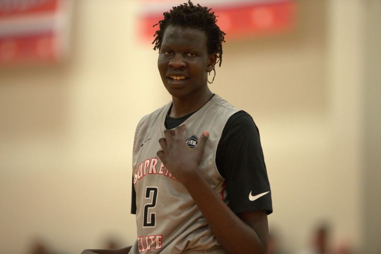 Bol Bol is the 5-star recruit carrying a famous name and a tantalizing game - SBNation.com