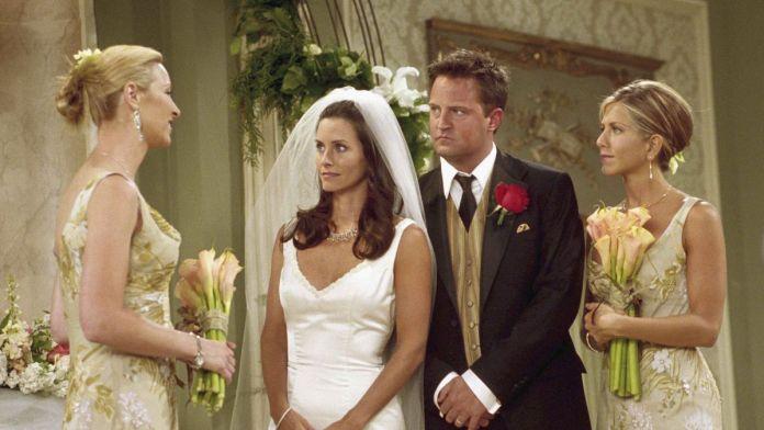 Friends' Costume Designer Looks Back on 10 Seasons of Weddings - Racked