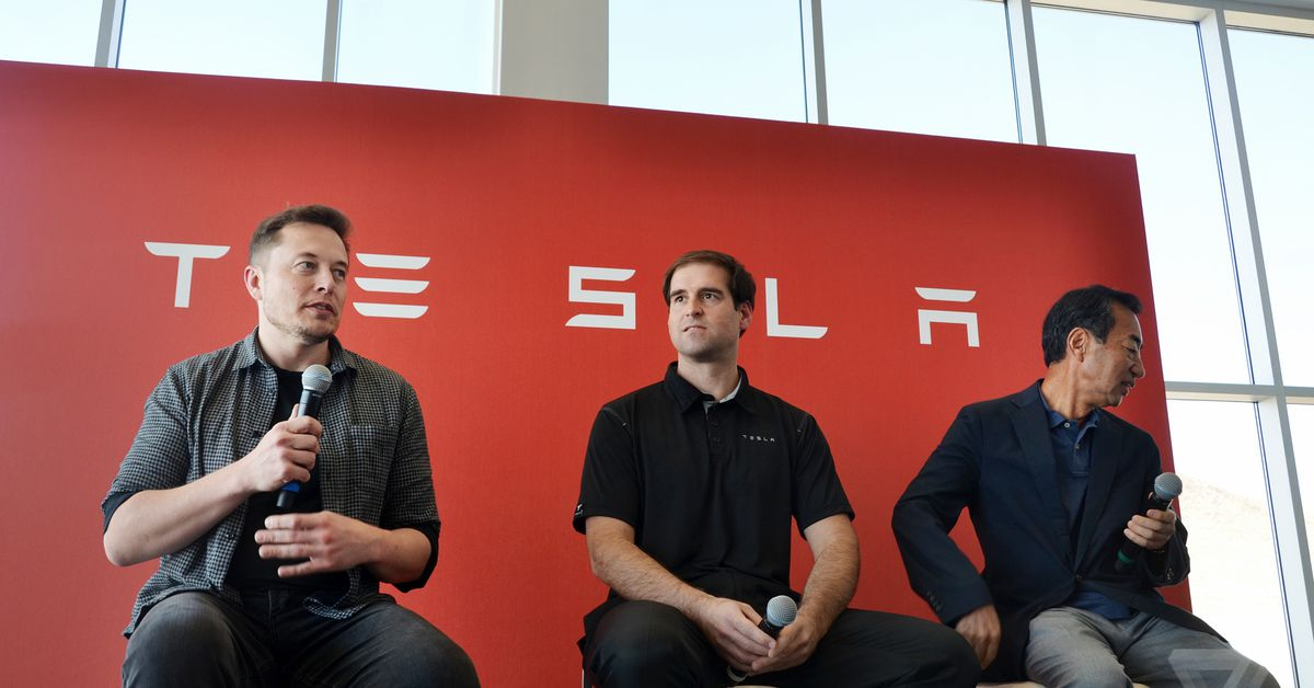 Tesla's longtime CTO is stepping down
