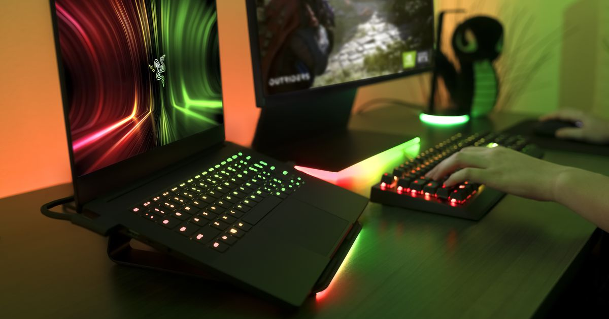 Razer's Blade 14 is the first Blade laptop with AMD Ryzen processors