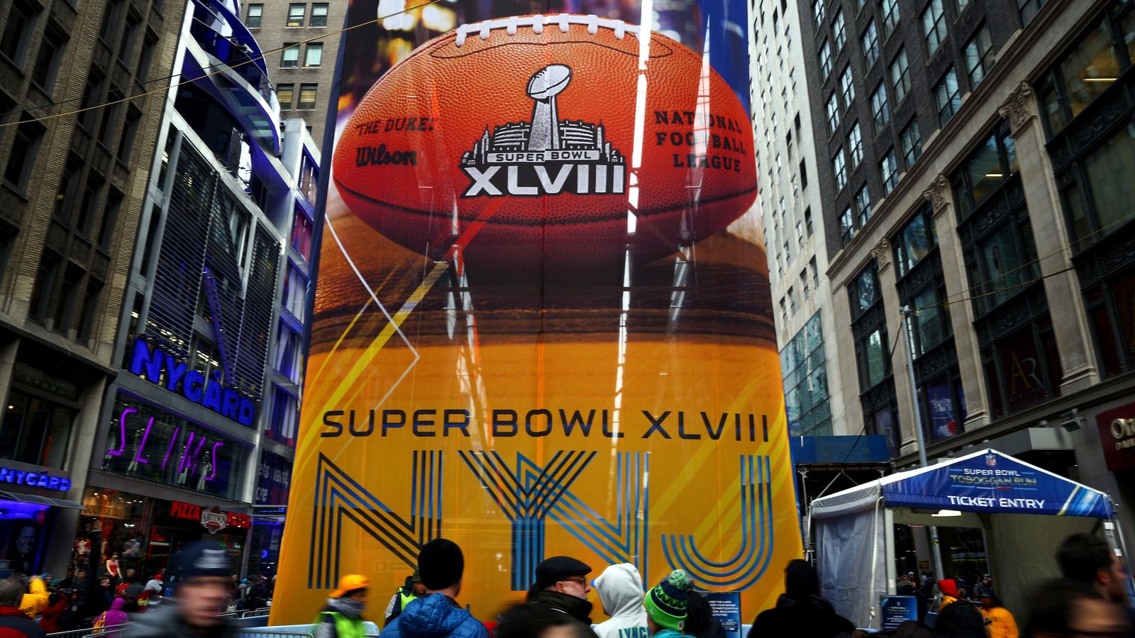 Super Bowl Seahawks Vs Broncos Game Time Tv Schedule Odds Weather And More