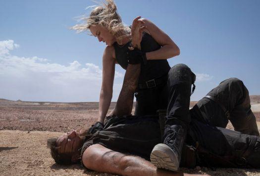 JOSH LAWSON as Kano and JESSICA MCNAMEE as Sonya Blade in Mortal Kombat (2021)