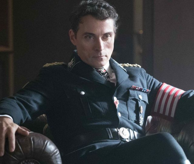 The Man In The High Castle Season 2 Is The Worst Tv Show Of The Year