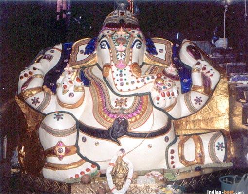dodda-ganesha-temple