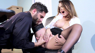 Dillion Harper decides to forget about the work and lets him play with her cunt thumb