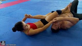 Nude club_fighting presents Kerry vs Mira Cuckold. thumb