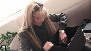 Blonde pornstar Sophie Moone opens her present thumb