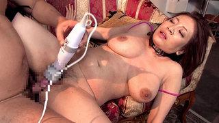 Kinky woman Needs_Two Studs thumb