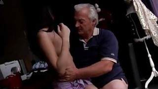 Teen_guy_girl_blowjob_free_videos_scandal_He_asks_if_she_can_fix_his thumb