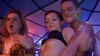 Uncensored fuckfest party with guys and babes thumb