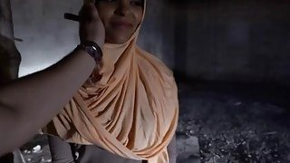 Arab babe with hot butt takes cash from stranger in exchange for sex thumb