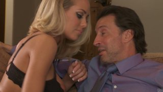 Hot and sexy Nicole Aniston seduces the dude to fuck and practice 69 position thumb
