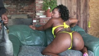 Ebony skinned slut Sinfully_Thicc shows off her rounded shape and sucks a dick deepthroat thumb