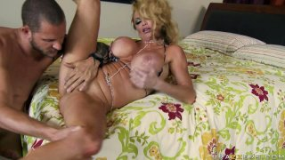 Devilish slut Taylor Wane with monstrous boobs fucks in a missionary position thumb