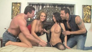 Scorching sex goddess Nikki Daniels gets her twat drilled in foursome thumb