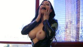Wicked brunette_slut Anastasia Pierce plugs her mouth thumb