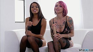 Hot Joi with two alternative babes thumb