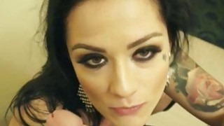 Slut advertised her pussy on the street and fucked_in motel thumb