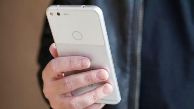 root pixel xl 740x417 Google rolled out October security updates, you can fix the Bluetooth connectivity issues