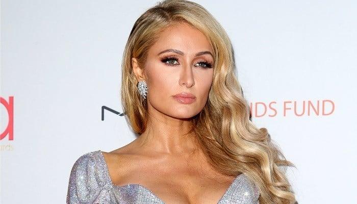 Modelos mais ricos - Paris Hilton