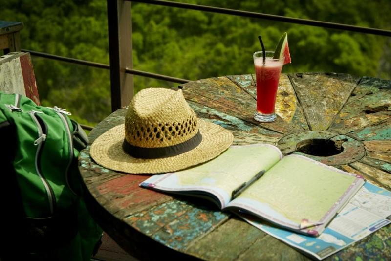 Airbnb revela datos sobre las decisiones de los viajeros para días feriados - airbnb-revela-que-viajeros-postergan-reservas-en-san-valentin-800x534