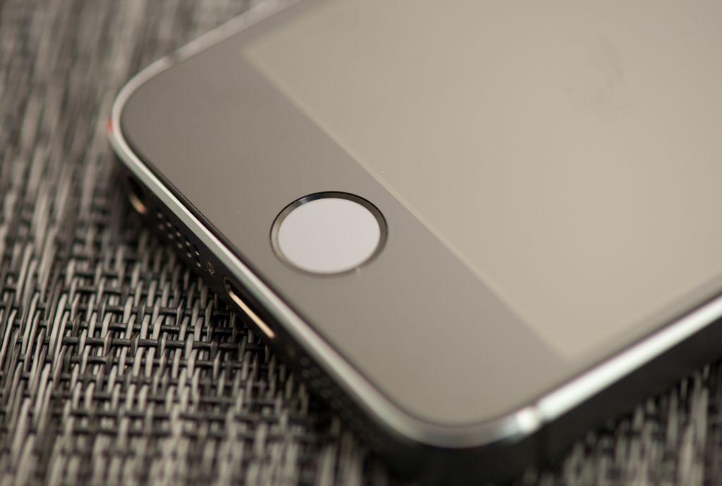 El Touch ID puede ser engañado con plastilina - touch-id