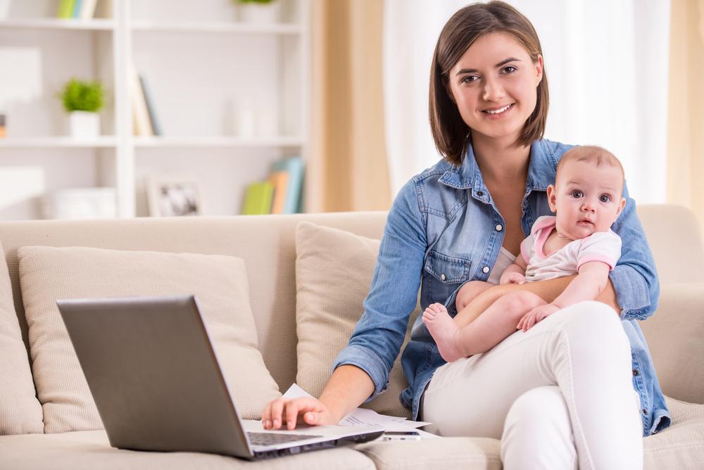 Educación en línea, una oportunidad para que mamá continúe su preparación profesional y personal - educacion-en-linea