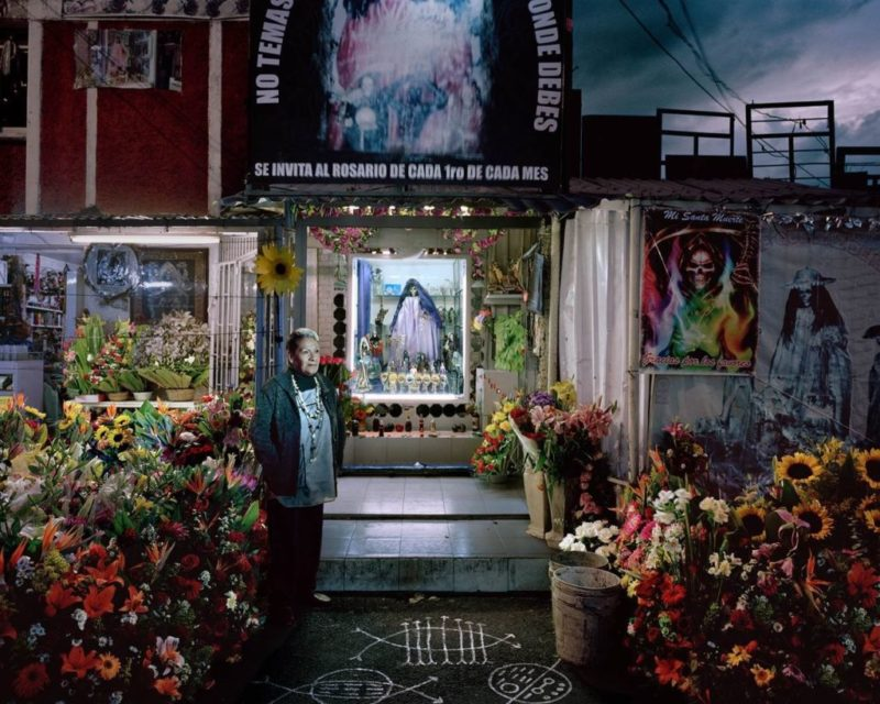 Ciudadanas. Caminamos a oscuras: Muestra fotográfica de Anja Jensen en México - santa-muerte-ciudadanas-caminamos-a-oscuras-800x640