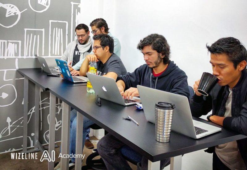 Curso gratuito en la CDMX de la Academia de Inteligencia Artificial - academia-de-inteligencia-artificial-800x552