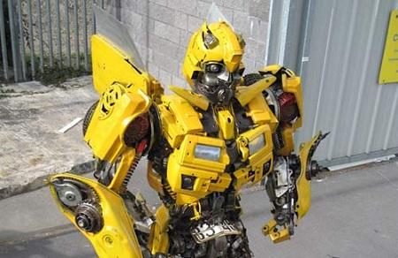 Bumblebee construido con partes reales de un Camaro - Bumblebee-construido-con-partes-reales-de-un-Camaro