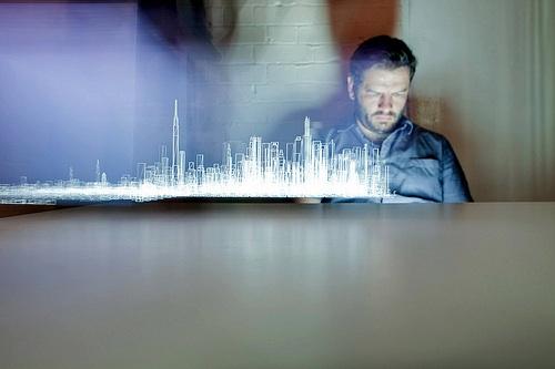 Mira como se usa un iPad para crear hologramas - iPad-holograma