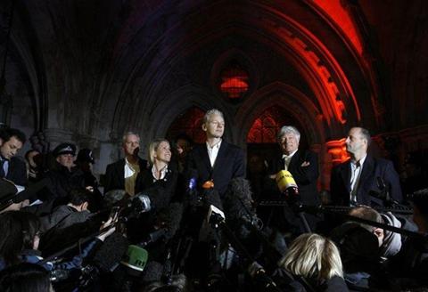 julian assange libre Reacciones a un día de libertad de Julian Assange