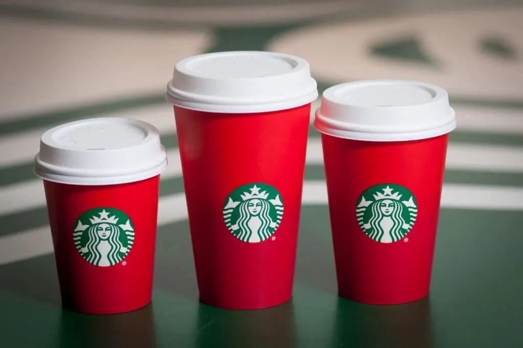 Los vasos rojos de Starbucks toman las redes sociales - starbucks_holiday_cups-lowres