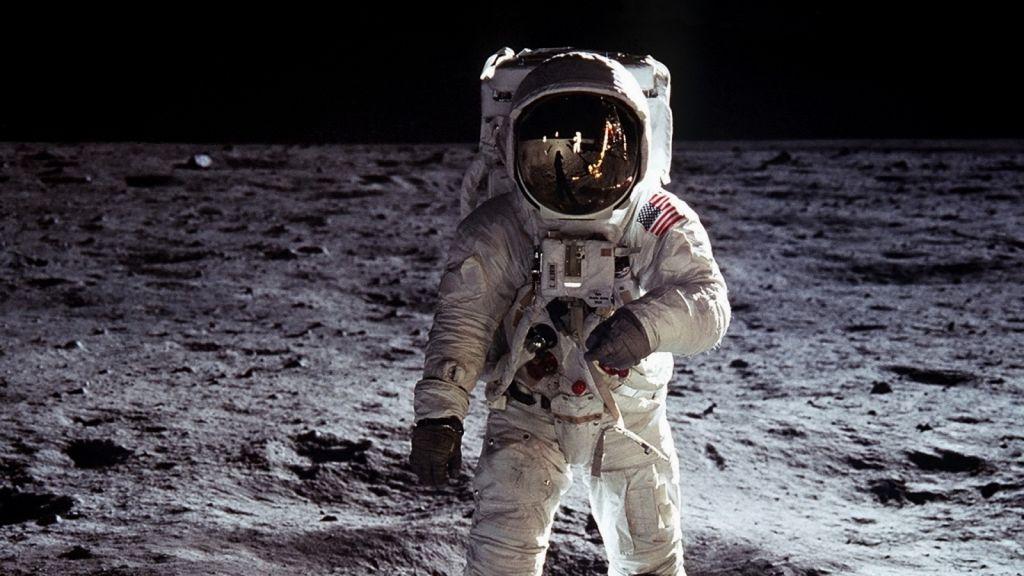 La NASA abre inscripciones, buscando nuevos astronautas - astronaut-outer-space-moon