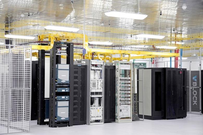 El Data Center de TELMEX opera bajo lineamientos de Gobierno en TI - data-center-triara01