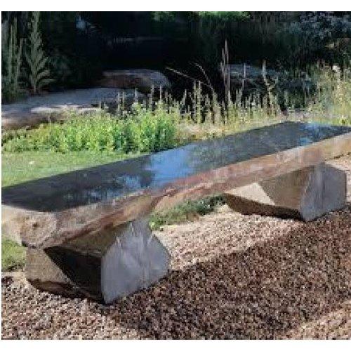 banc de jardin en pierre de basalte bas