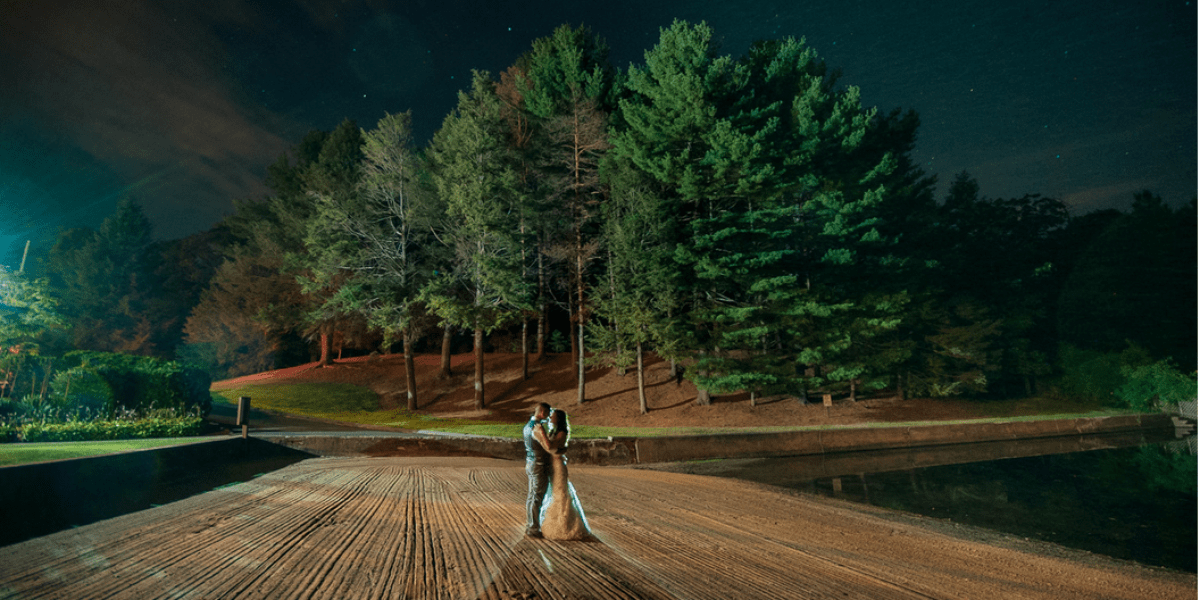 The Pavilion On Crystal Lake Weddings Get Prices For Wedding Venues