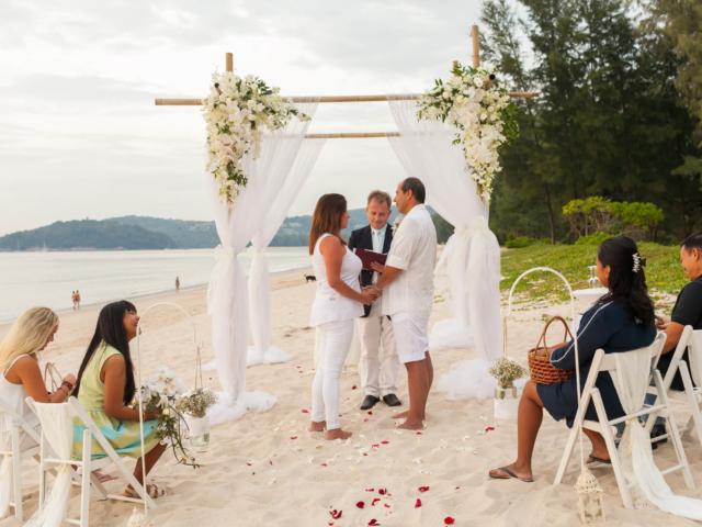 Beach marriage celebrant phuket (11)